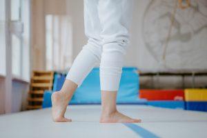 Terapia de reflejos primitivos y terapia de movimientos ritmicos